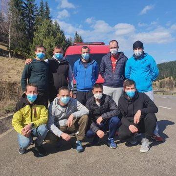 FOTO – CUM au fost întâmpinați cei 9 paramedici ISU, la întoarcerea lor din Suceava: