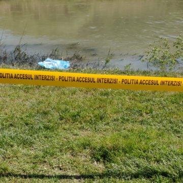 Bărbat găsit înecat în apă, în râul Șieu