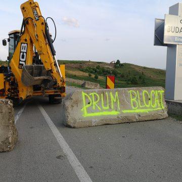 Pompierii și Ambulanța, INTERZIS pe drumul spre Budac! CÂND s-ar putea relua circulația în zonă: