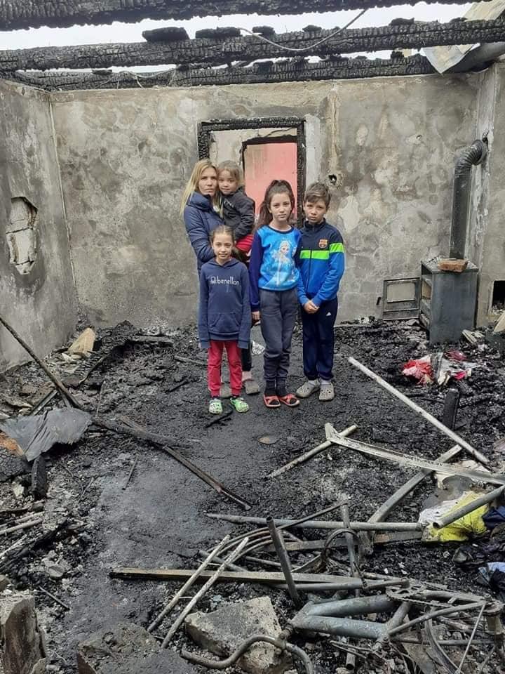 ÎNCĂ PUȚIN: Mai e nevoie de câteva lucruri pentru ca Loredana și copiii ei să se poată muta în casă nouă