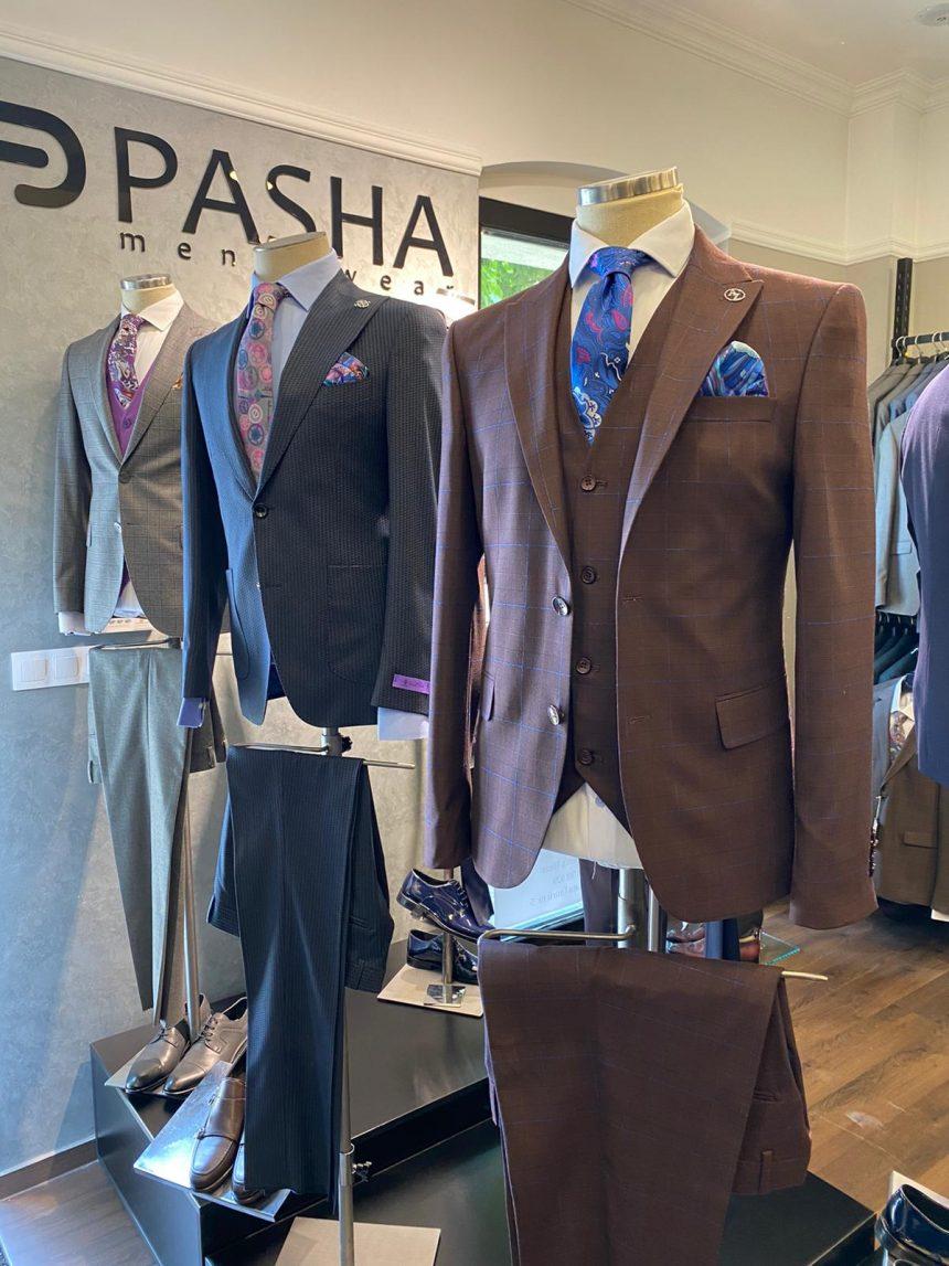 Domn bine, caut costum… S-a redeschis Pasha Men's Wear și au super reduceri!