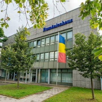 Rostul de dimineață: O apariție spectaculoasă, la Consulatul Român din München