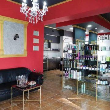 Salonul Corina & Cotti Beauty Market închiriază posturi de lucru pentru coafor, frizerie, manichiură!