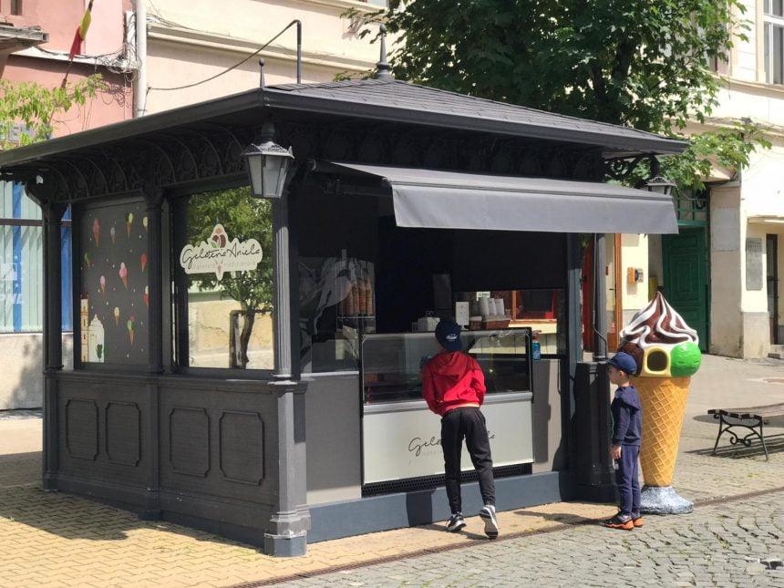 EXTRA: Înghețata bună de la Gelateria Aniela, de astăzi, pe Pietonal…!