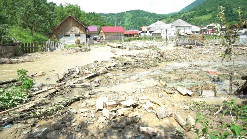 """Inundațiile din județ, cauzate și de """"proastele lucrări"""" făcute prin PNDL. Se lasă cu controale!"""