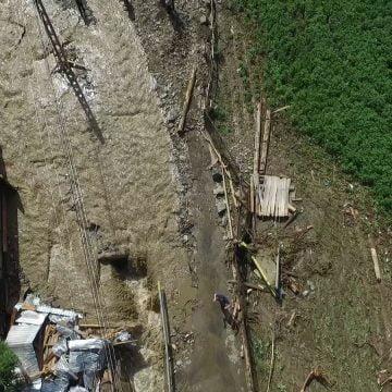 FOTO/VIDEO: Cum arată comuna Rodna după viitura de aseară? 110 gospodării grav afectate