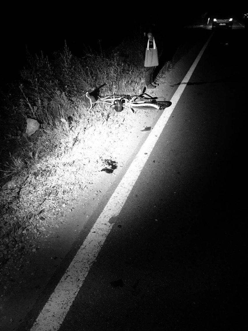 FOTO: Un șofer băut din Maramureș a lovit un biciclist, dar și-a văzut liniștit de drum