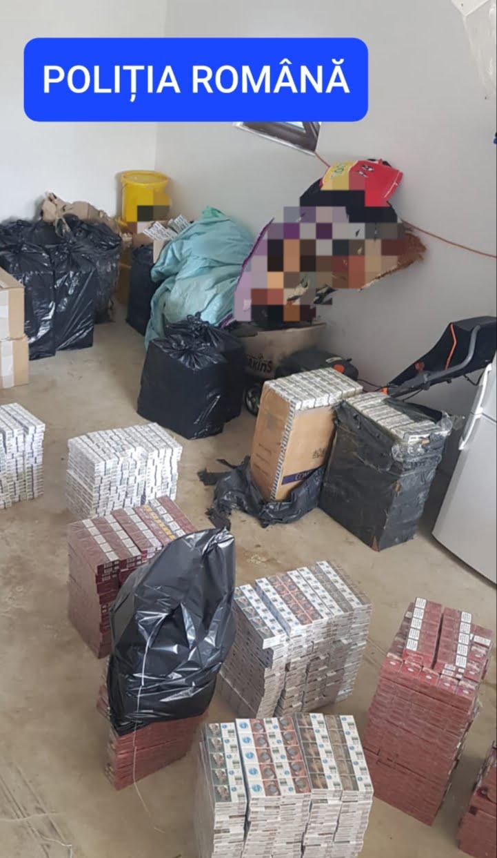 FOTO: Doi soți bistrițeni, și complicele lor, un sucevean, reținuți pentru contrabandă cu țigări