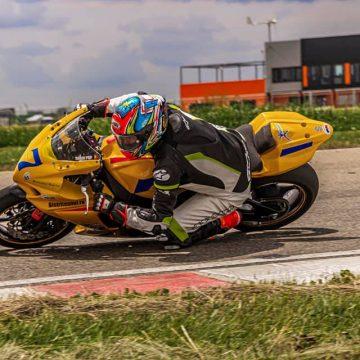 Motocicleta galbenă, din nou pe pistă! Sorin Pop țintește, ca întotdeauna, la podium!