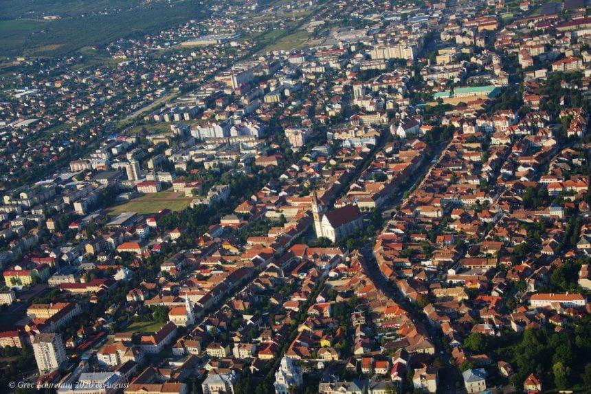Bistrițenii pot propune proiecte pentru oraș, printr-o aplicație. Primăria Bistrița le finanțează pe cele mai bune