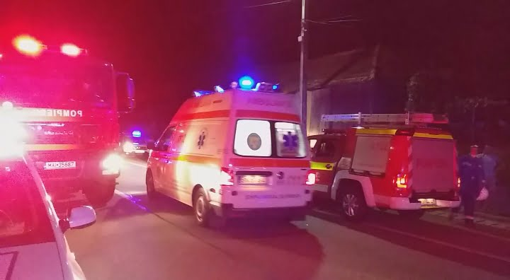 FOTO/VIDEO: Salvatorii bistrițeni, primii care au intervenit la accidentul mortal din Gherla