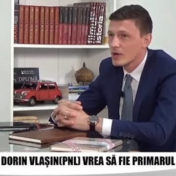 """VIDEO. Dorin Vlașin (candidat PNL la Primăria Năsăud): """"Din păcate, încă mai avem străzi în Năsăud care au lipsuri de apă, canal, asfalt…"""""""