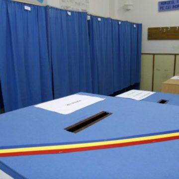 Cei suspecți sau confirmați cu Covid-19 pot vota cu urna mobilă. Ce trebuie să facă: