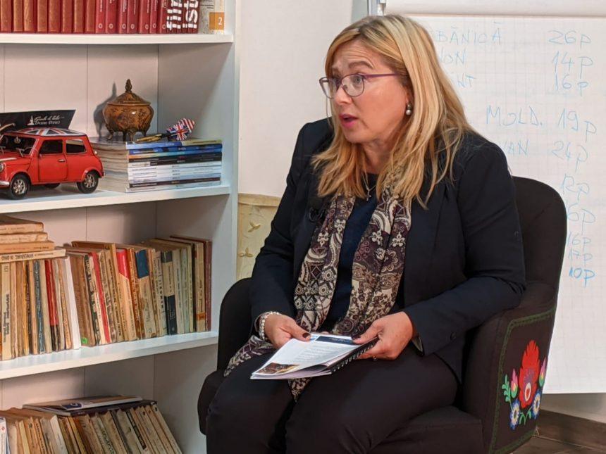 VIDEO: Sunt școli în buricul târgului fără conexiune la internet în fiecare clasă, avertizează Cristina Iurișniți