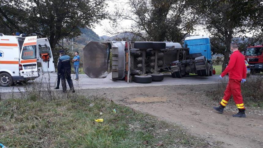 FOTO/VIDEO: Grav accident între Rebrișoara și Nepos. O victimă va fi preluată cu elicopterul SMURD