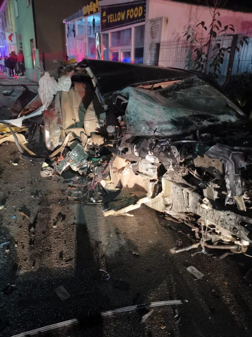 FOTO: TRAGIC accident la Năsăud! O persoană a decedat