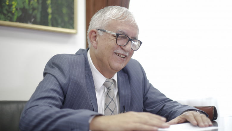 """Augustin Zegrean s-a """"bătut"""" cu un controversat fost ministru pentru funcția de președinte al Consiliului Legislativ"""