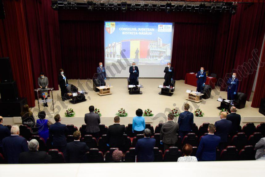 FOTO/VIDEO: Președintele CJ BN și consilierii județeni au depus azi jurământul de credință