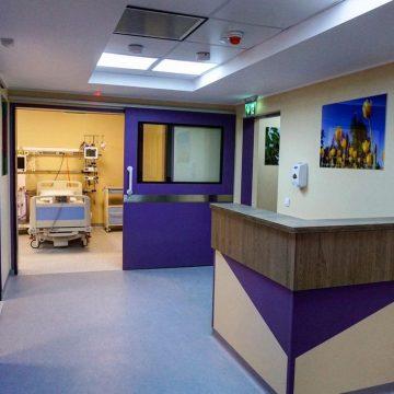 Metoda găsită de managerul spitalului pentru a păstra legătura cu familiile pacienților aflați în stare gravă la ATI