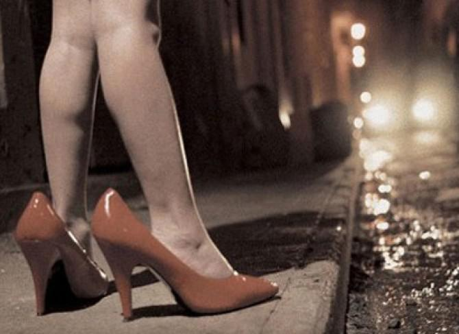 PERCHEZIȚII de amploare: Obligau trei copile să se prostitueze!