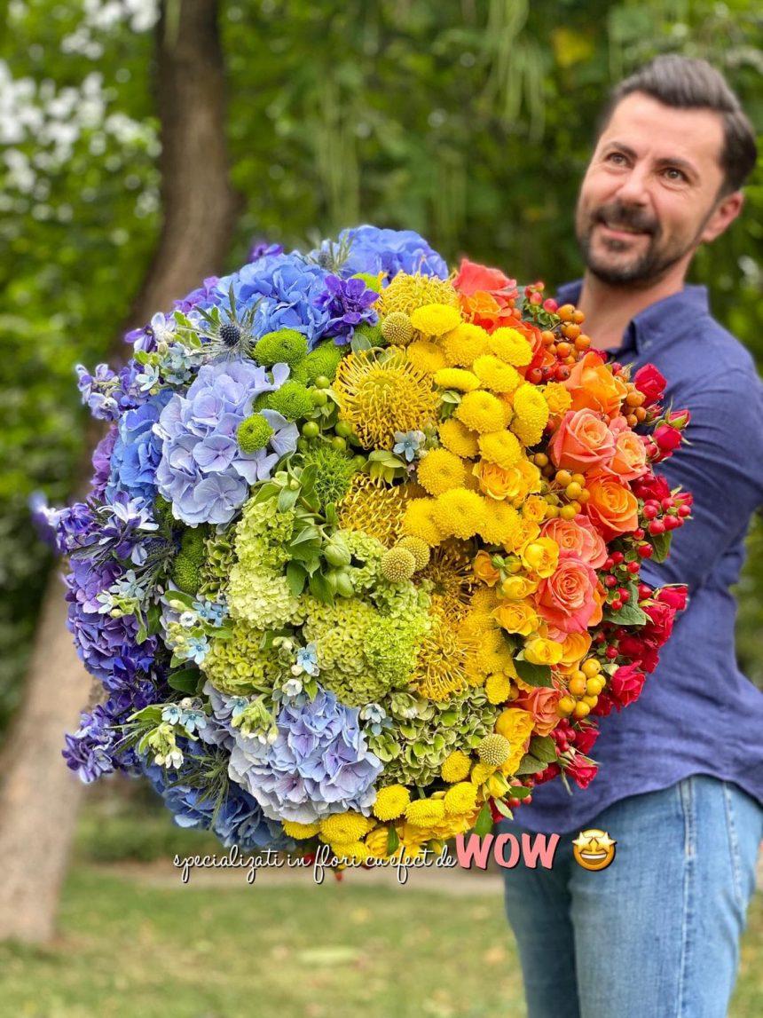FOTO – WOW: Buchetele de flori WOW au garanția satisfacției de 300 la sută! Primești banii înapoi, un alt buchet și păstrezi buchetul inițial