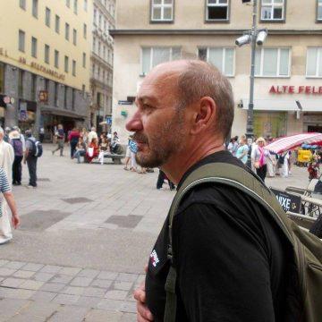 OAMENI din Bistrița-Năsăud:  Eugen Miloș, artistul care demonstrează că pasiunea poate învinge regimul opresiv