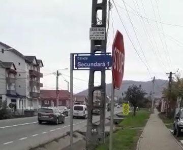 FOTO/VIDEO – Caz halucinant la Viișoara: Se asfaltează o stradă care duce…nicăieri