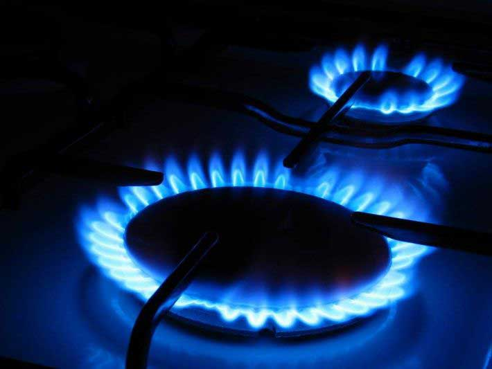 Percheziții la cel mai mare distribuitor de gaz din județ. S-ar fi folosit de pierderi nereale de gaz pentru mărirea facturilor
