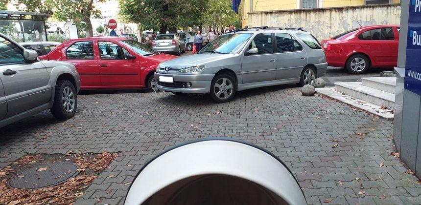 Mașinile parcate neregulamentar vor putea fi ridicate de Poliția Locală