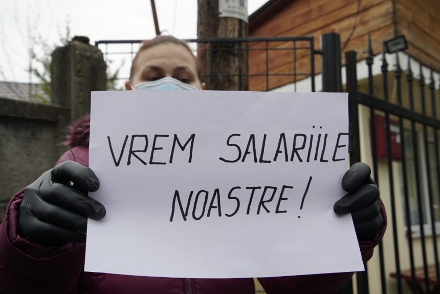 Angajații de la Protecția Copilului își vor primi banii! La Bistrița, autoritățile județene stau pe poziție cu un plan B