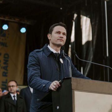 """Robert Sighiartău: """"România are o oportunitate istorică de dezvoltare și are nevoie de guvernare responsabilă, nu de show"""". Priorități ale deputatului, în viitorul mandat"""
