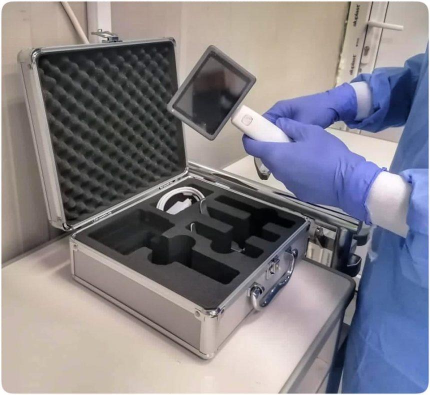 UPU-SMURD primește un videolaringoscop ultramodern, care scade riscul de infectare cu Covid a medicilor