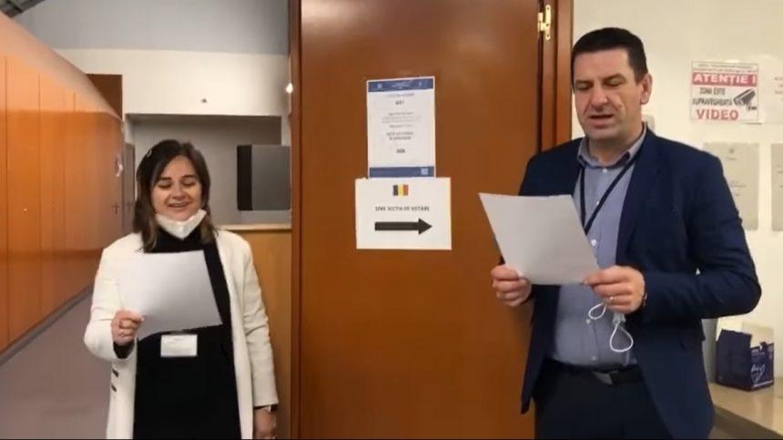 VIDEO:  Vin alegătorii la secția de votare, leru-i ler…!