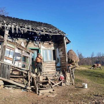 În Ajun de An Nou, oferim și noi o casă lui moș Nicolae din Joseni?