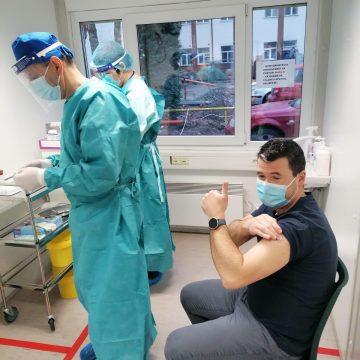 Centrele de vaccinare de la Năsăud și Prundu Bârgăului și-au epuizat locurile deja. UNDE vă mai puteți vaccina: