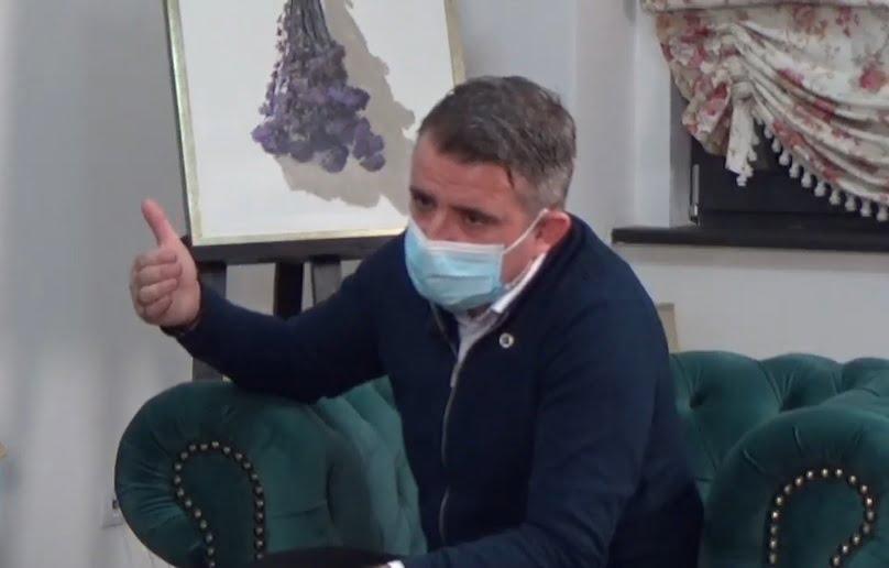 """VIDEO – Primarul Ioan Turc admite că """"șeful ISJ BN și-a făcut datoria oarecum mecanic. L-am compătimit…"""""""