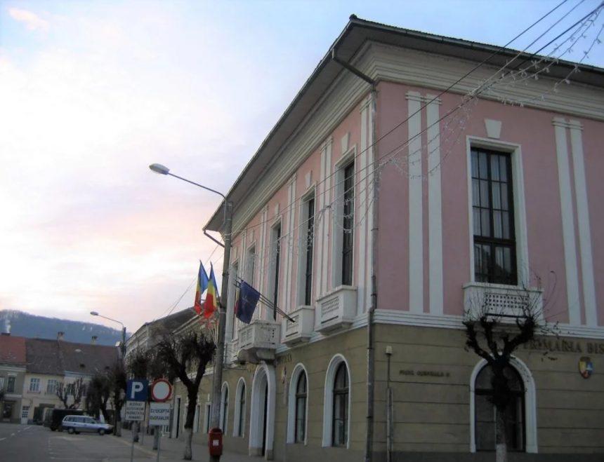 """Auditul, marele """"mister"""" din Primăria Bistrița. Primarul Ioan Turc evită răspunsuri pe tema asta și în fața consilierilor locali"""