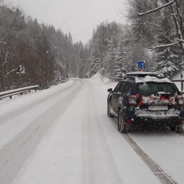 Zăpadă de 15 cm pe Valea Someșului! În zona montană, zăpada ajunge și la 30 de cm