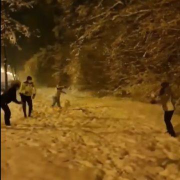 """VIDEO:  Polițiști, surprinși într-o situație inedită…! """"Lucrurile stau altfel în România…!"""""""