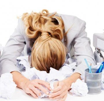 Te stresează șeful la muncă? Poate fi amendat cu până la 200.000 de lei