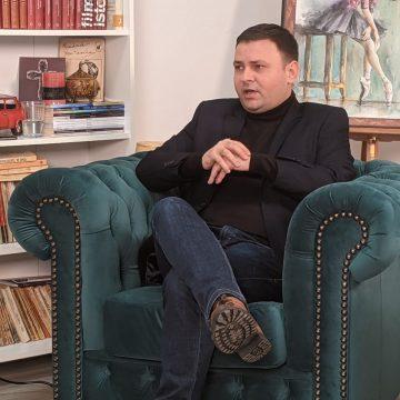 """VIDEO – Deputatul Daniel Suciu: """"Mă voi bate pentru a schimba legea achizițiilor publice. Am promis…"""""""