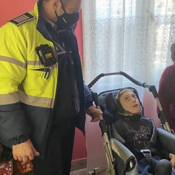 OAMENI din Bistrița-Năsăud: Polițistul Simion Beșa și-a convins colegii să scoată din buzunar mii de lei, pentru un copil