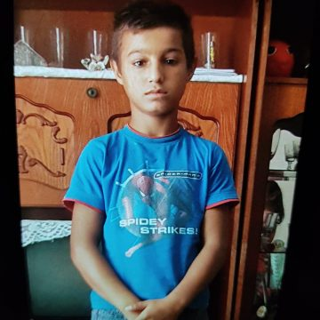 ALERTĂ! Un copil de 12 ani a dispărut de pe o stradă din Bistrița! UPDATE: Minorul a fost găsit