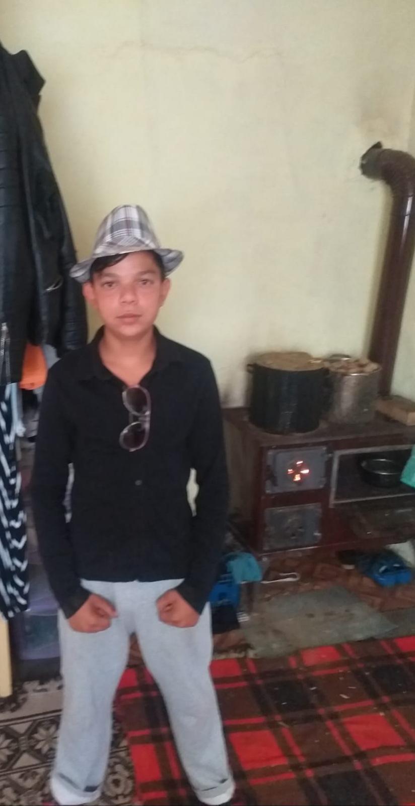 L-ați văzut cumva?! Băiatul de 13 ani a dispărut azi, din zona Policlinicii din Bistrița