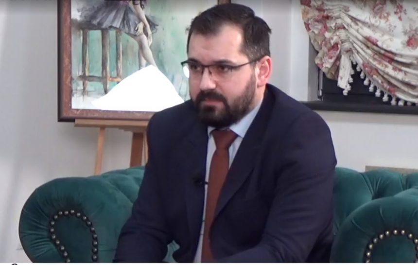"""Cum a ajuns liderul USR Călin Stan să încaseze 20.800 de lei, salariul de viceprimar, despre care spunea acum un an că e """"nesimțit"""""""