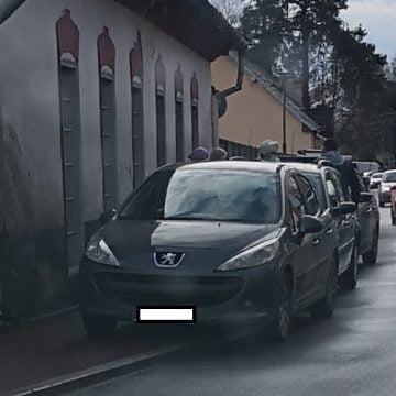Șeful Poliției Locale: Se poate parca pe trotuar! AFLĂ în ce condiții: