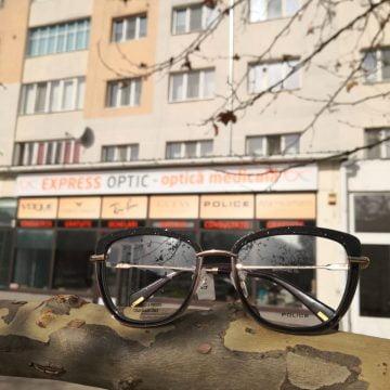 """Uită de grija incidentelor cu ochelarii! La Express Optic ai """"full casco""""! AFLĂ și celelalte surpize ale lunii martie:"""