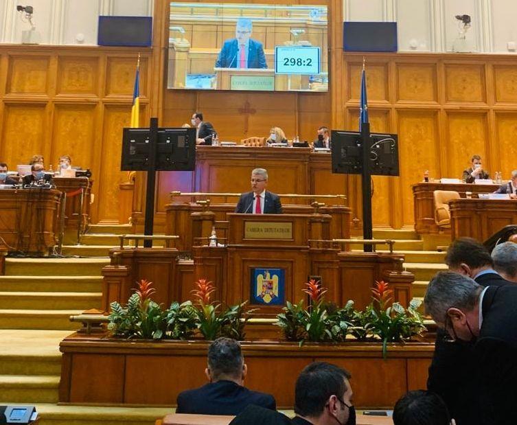 """VIDEO – Senatorul Ioan Deneș: Actuala coaliție funcționează după principiul """"Ciocu' mic că acum noi suntem la putere"""""""