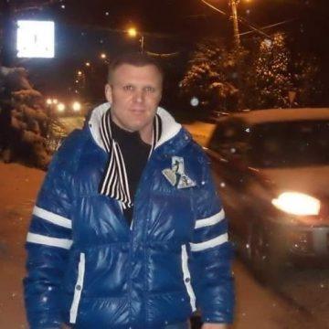 """Vasile Goncear, campionul ce a adus luptele libere în județ, implicat într-un scandal mediatic: """"Nu e adevărat că mi-am răpit copiii!"""""""