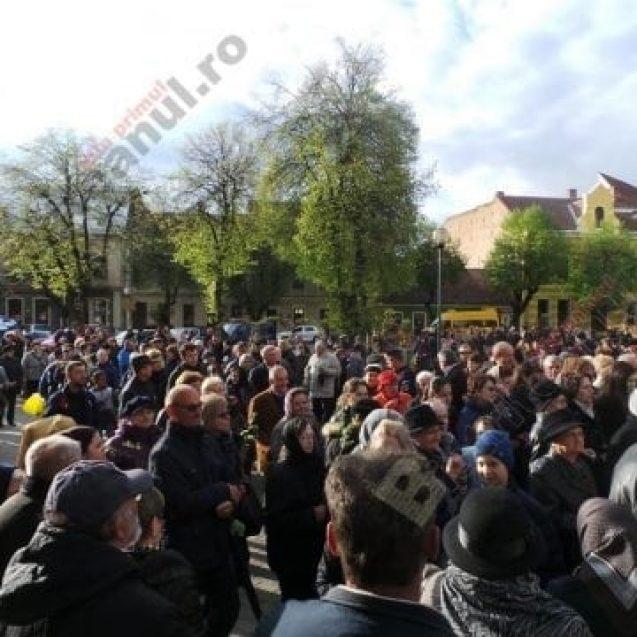 Bistrițenii sunt invitați să participe sâmbătă la Procesiunea de Florii